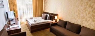 Hotel Merkúr Header Photo